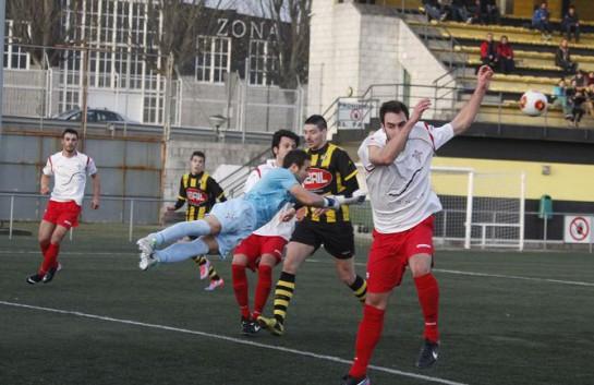 Tras el gol de la igualada obra de Pablo García de preciosa bolea, el Rápido debió dejar el encuentro sentenciado en la última parte de la primera entrega.